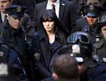 Angelina Jolie como Evelyn Salt em cena do filme