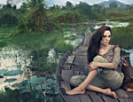 No Camboja, onde foi fotografada por Annie Leibovitz para campanha da Louis Vuitton