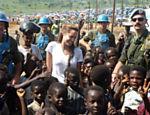 Conversando com soldados uruguaios que estavam em missão no Congo