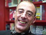 O escritor e jornalista Caio Fernando Abreu descobriu ter o vírus do HIV em 1994 e morreu em 1996