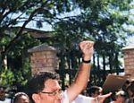 Zackie Achmat, ativista sul africano que contraiu Aids e se recusou a tomar medicamentos contra a doença até que todas as pessoas também tivessem o mesmo direito