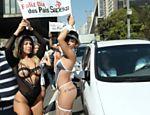 A panicat Babi Rossi, a gata do Paulistão Lorena Bueri e a modelo Ana Paula Minerato participaram da Flash Mob na Avenida Paulista