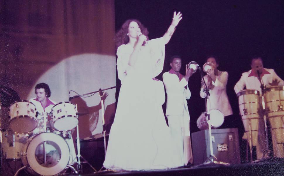 Resultado de imagem para alegorias portela 1976