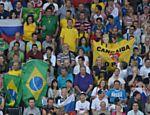 Torcida presente na quadra de Londres para ver o confronto Brasil e Rússia na final olímpica do vôlei masculino <a href=