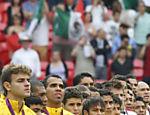 Neymar e companheiros de seleção com a medalha de prata conquistada na Olimpíada de Londres