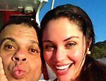 Maria postou várias fotos dos dois em Fernando de Noronha