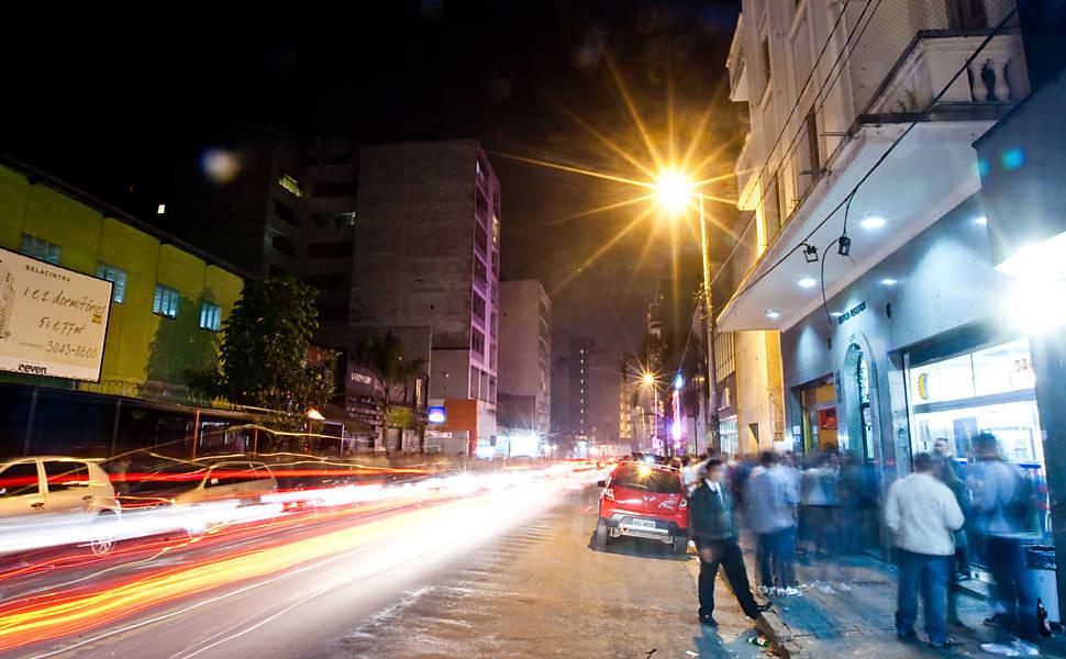 Veja imagens da rua Augusta de 2012