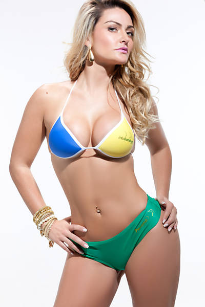 Laura Keller, candidata do Paraná e ex-Mulher Múmia