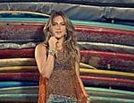 Giovanna Ewbank estrela campanha da grife Dona Florinda
