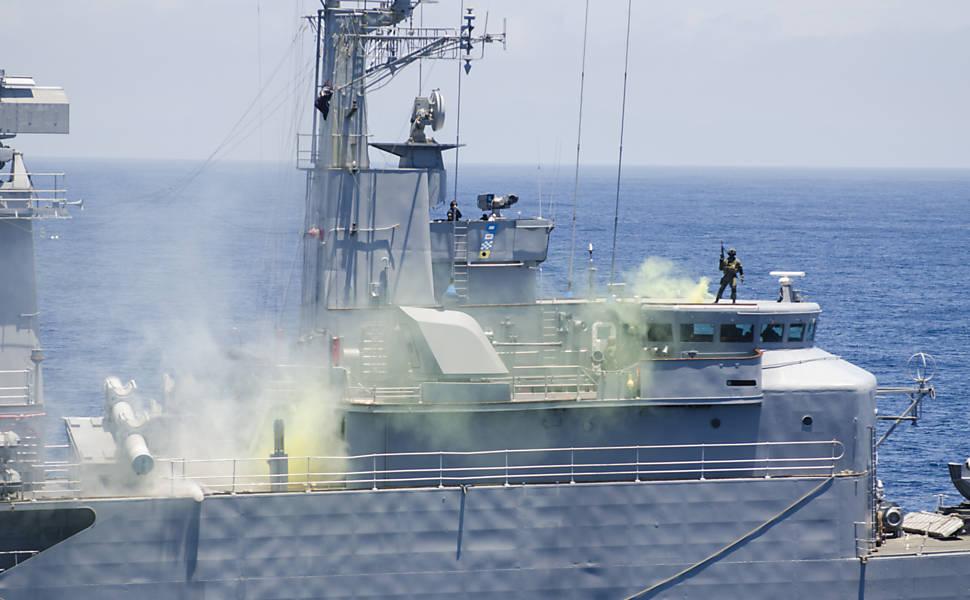 Forças Armadas fazem simulação de ataques no litoral
