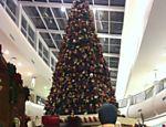 Foto da leitora Mariana Lélis mostra decoração natalina do Mooca Plaza Shopping, em São Paulo <a href=