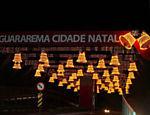 Decoração de Natal no centro da cidade de Guararema (SP) <a href=