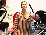 Luana Piovani durante compras no shopping Rio Design, no Rio