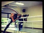 Isis Valverde durante ensaio de dança