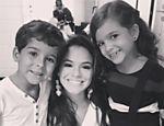 Bruna Marquezine tieta Luiz Felipe Mello e Mel Maia