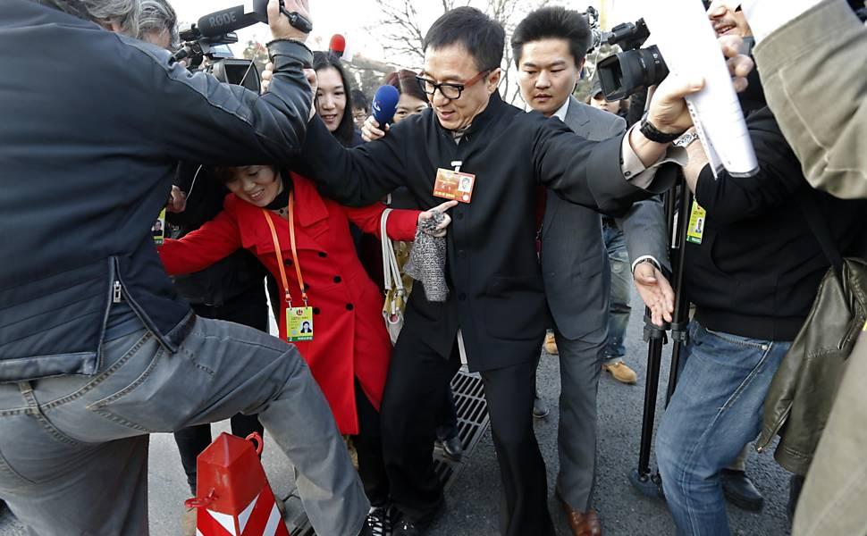 Jackie Chan provoca tumulto na China