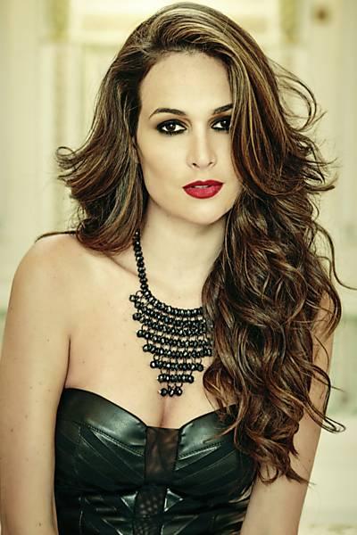 Priscila Machado  estrela campanha da marca Perfect Way