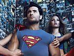 A atriz Carla Diaz vira Louis Lane em ensaio fotográfico com o ator Carlo Porto como Superman