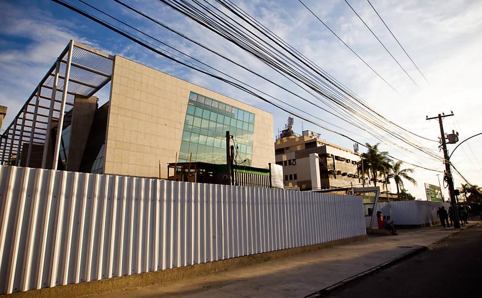 Novo prédio da CBF, localizado na Barra da Tijuca, Rio de Janeiro, passa por obras; nova sede foi comprada por R$ 70 milhões
