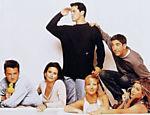 Os personagens Ross, Monica, Phoebe, Rachel, Joey e Chandler do seriado de televisão
