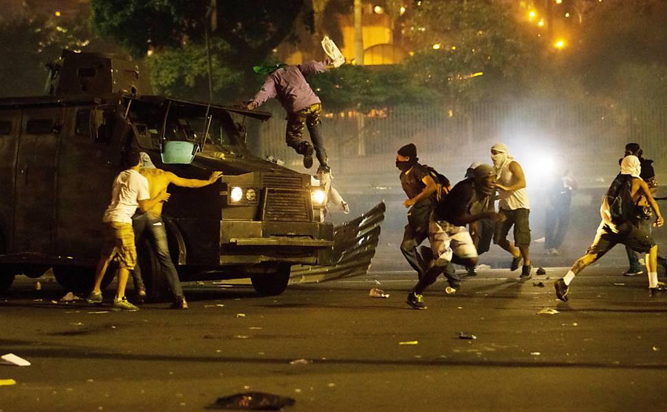 Melhores imagens do protesto no Brasil