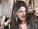 Selena Gomez posa para sua coleção da Adidas Neo 2013