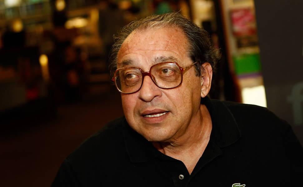 Ruy Castro lança livro de memórias