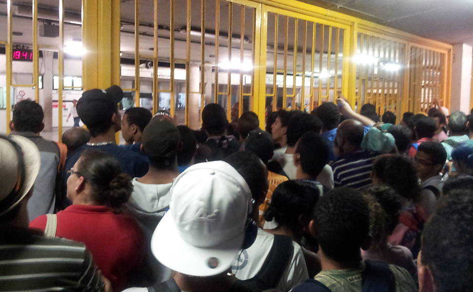 Apagão atinge o Nordeste do Brasil