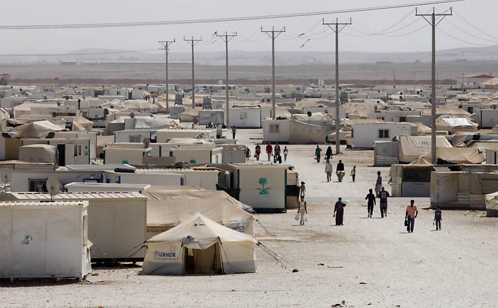 Folha visita campo de refugiados da Síria