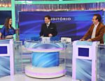 Silvio recebe Nana Gouvêa e Moacyr Franco em seu programa