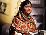 Malala Yousafzai discursa ao receber o prêmio