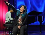 Demi Lovato durante pocket show da MTV