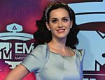 Katy Perry chega para a premiação do MTV Europe Music Awards (EMA) 2013