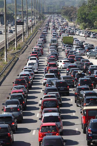Trânsito nas estradas