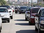 Trânsito na rodovia dos Imigrantes no sentido litoral em São Paulo