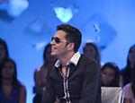 Roberto Justus recebe o cantor Latino em seu programa / Edu Moraes/Divulgação/Record