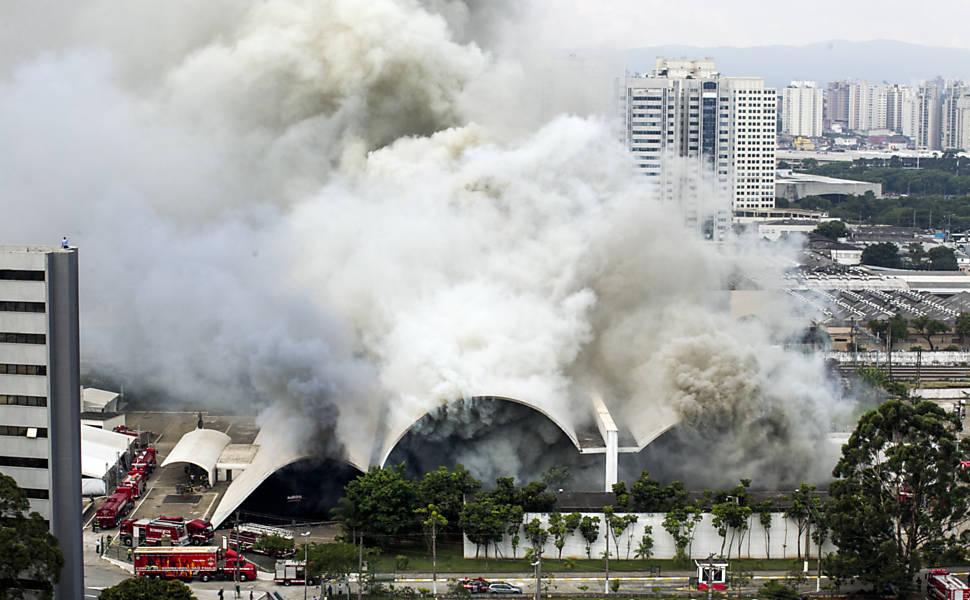 Incêndio no Memorial da América Latina