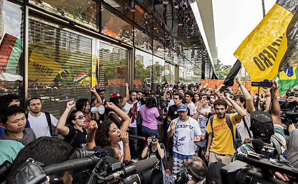 Rolê contra o racismo no JK Iguatemi