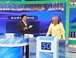 Silvio Santos recebe Carlos Alberto de Nóbrega em seu programa