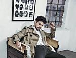 O ator Cauã Reymond, estrela campanha de grife de calçados masculinos