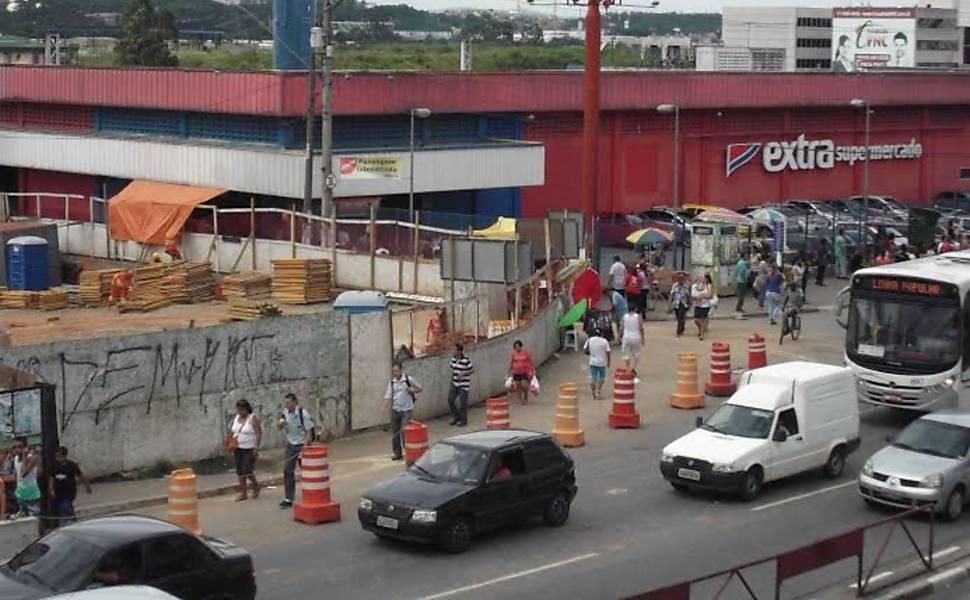 Obras em terminal de Carapicuíba