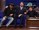 Os músicos Rio Negro e Solimões com Danilo Gentili no programa