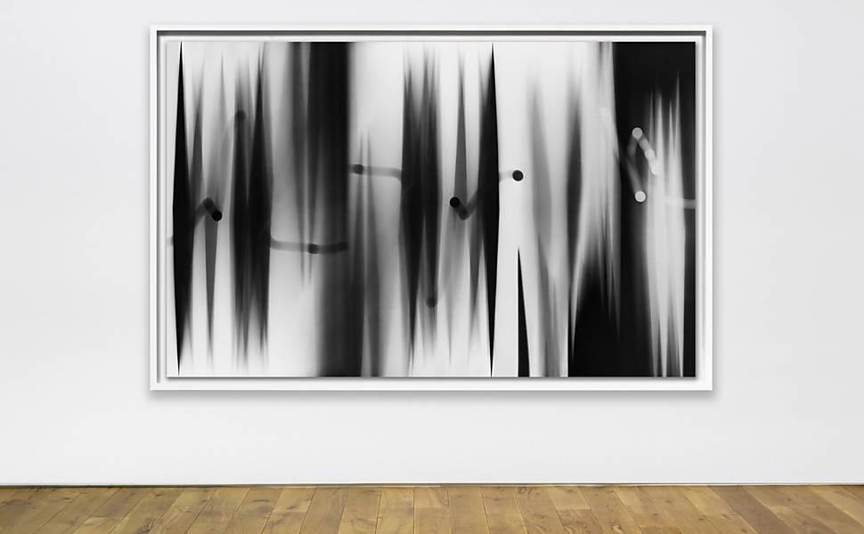"""Exposição """"Spectres"""" na Nara Roesler"""