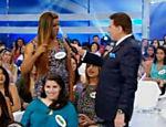 Silvio Santos conversa com transexual no programa que foi ao ar em 13 de abril