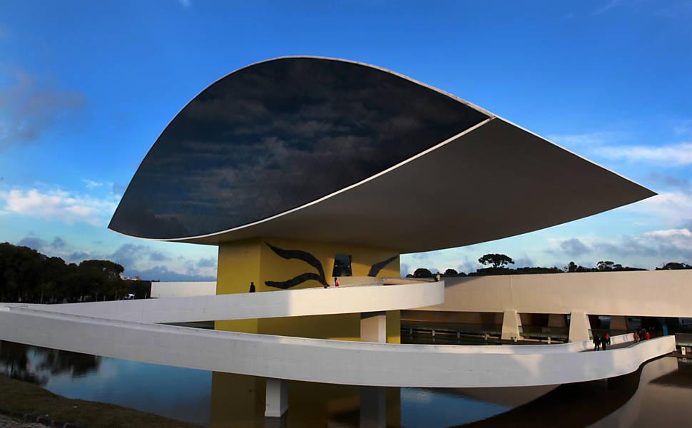 Confira as principais atrações de Curitiba