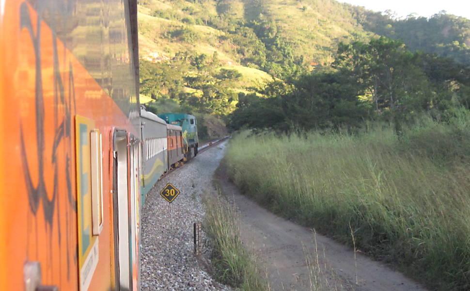 Viagem de trem em MG