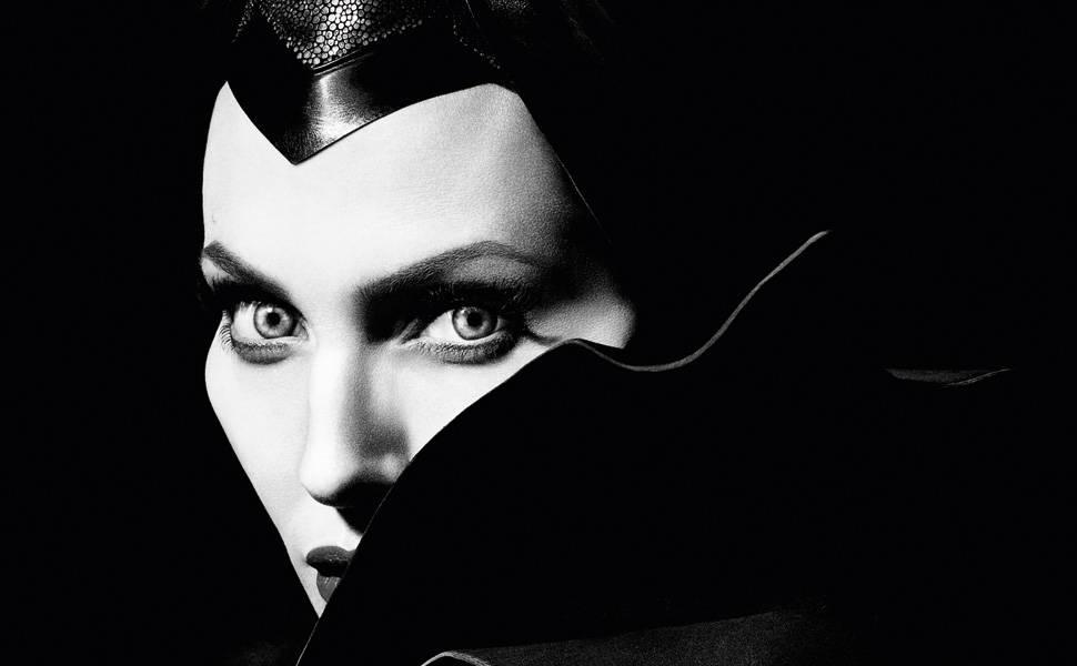Angelina Jolie: anjo ou demônio?
