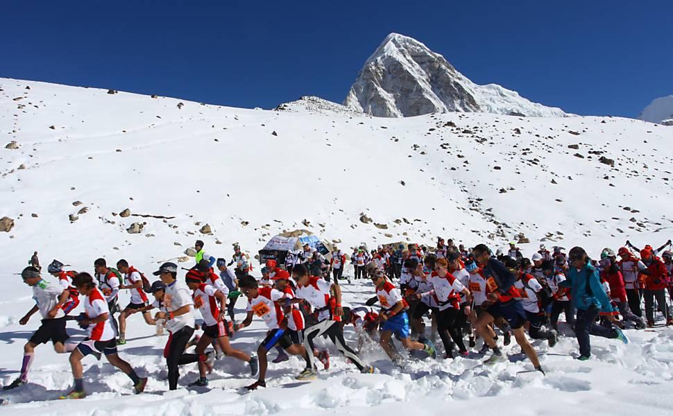 Everest recebe uma maratona em 29 de maio de 2014