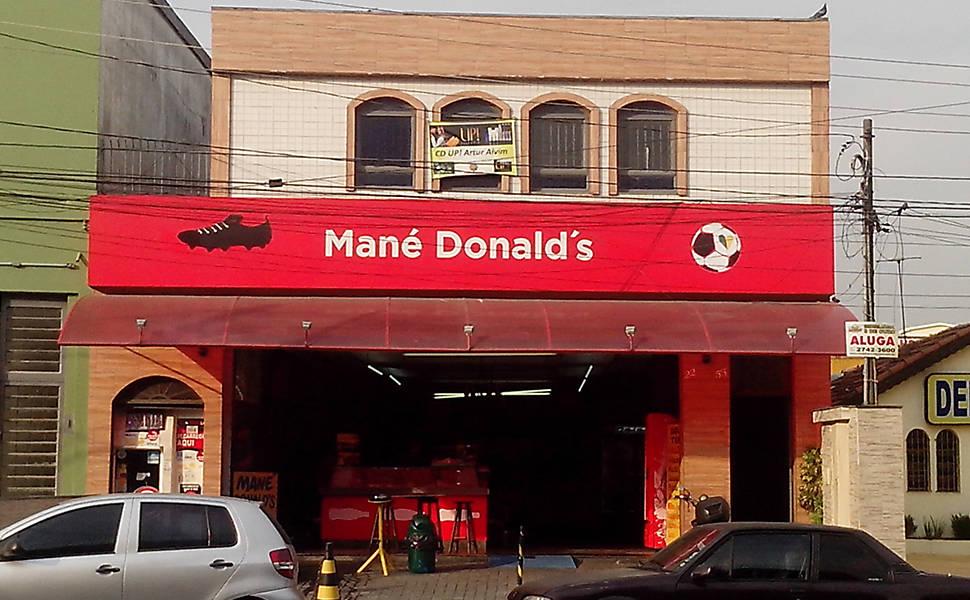 Coca-Cola faz ação de marketing em Itaquera
