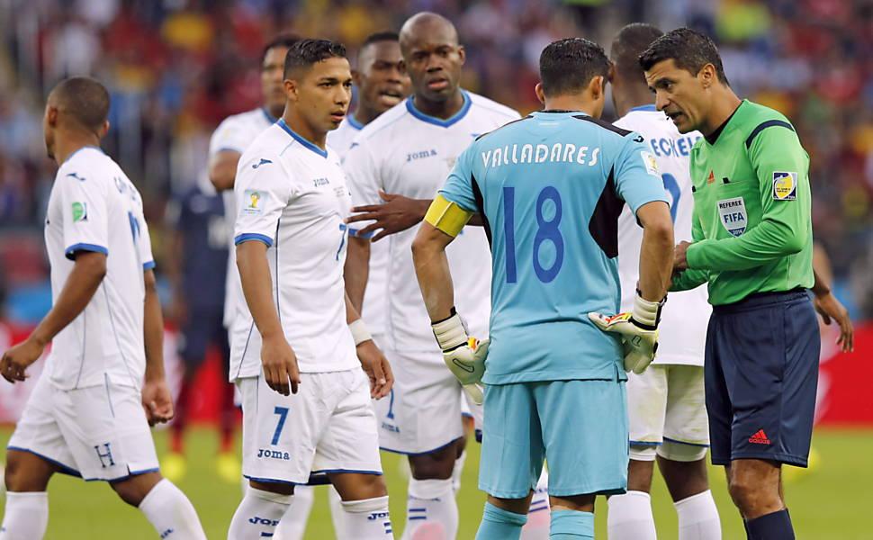 Árbitros brasileiros em Copas